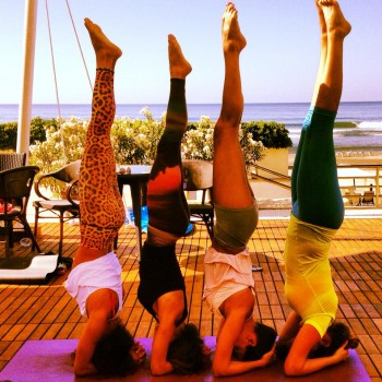 Group_Headstand