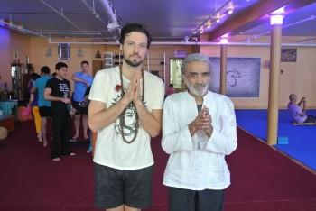 Reno Muenz with Sri Dharma